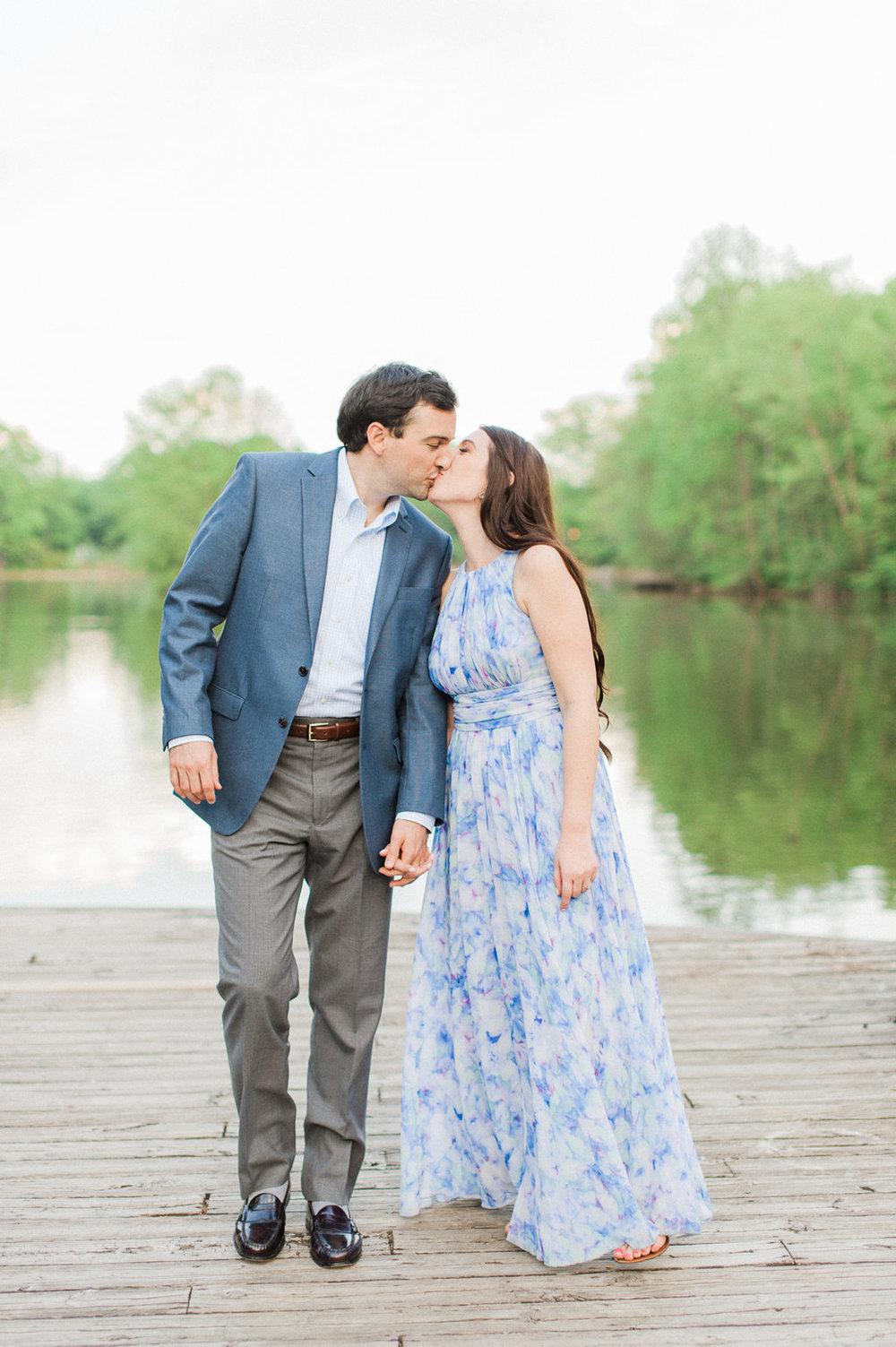Piedmont-Park-Engagement-atlanta-wedding-photographer-hannah-forsberg-9.jpg