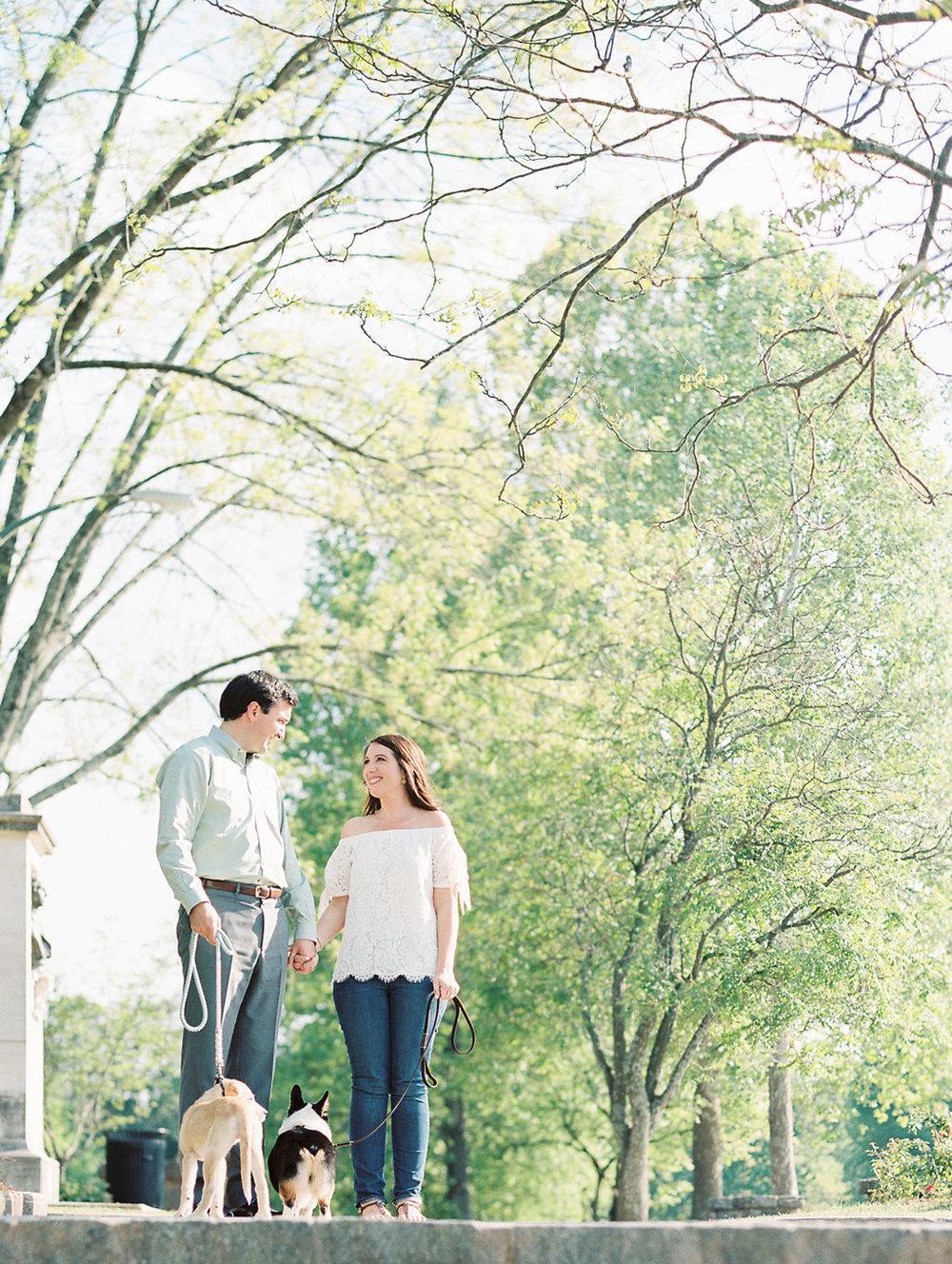 Piedmont-Park-Engagement-atlanta-wedding-photographer-hannah-forsberg-15.jpg