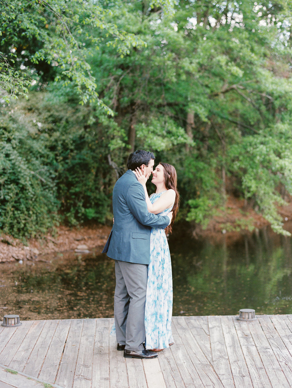 Piedmont-Park-Engagement-atlanta-wedding-photographer-hannah-forsberg-17.jpg