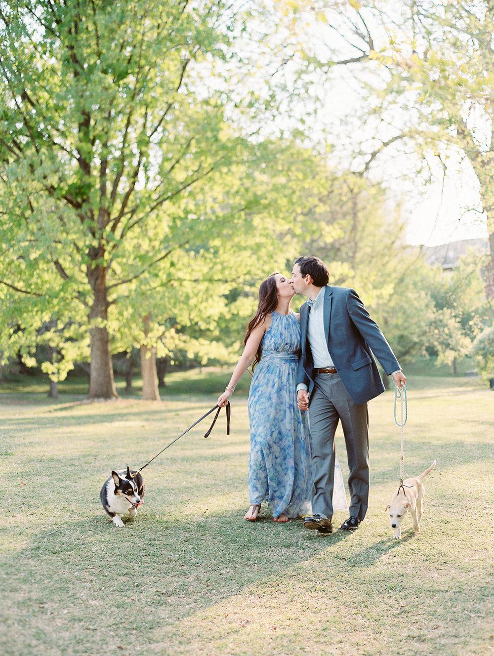 Piedmont-Park-Engagement-atlanta-wedding-photographer-hannah-forsberg-20.jpg