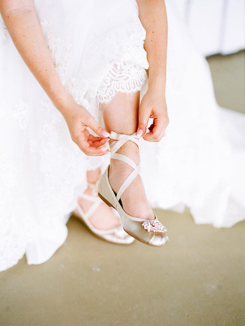 barn-at-tatum-acres-wedding-jasper-atlanta-wedding-photographer-fine-art-film-hannah-forsberg13.JPG