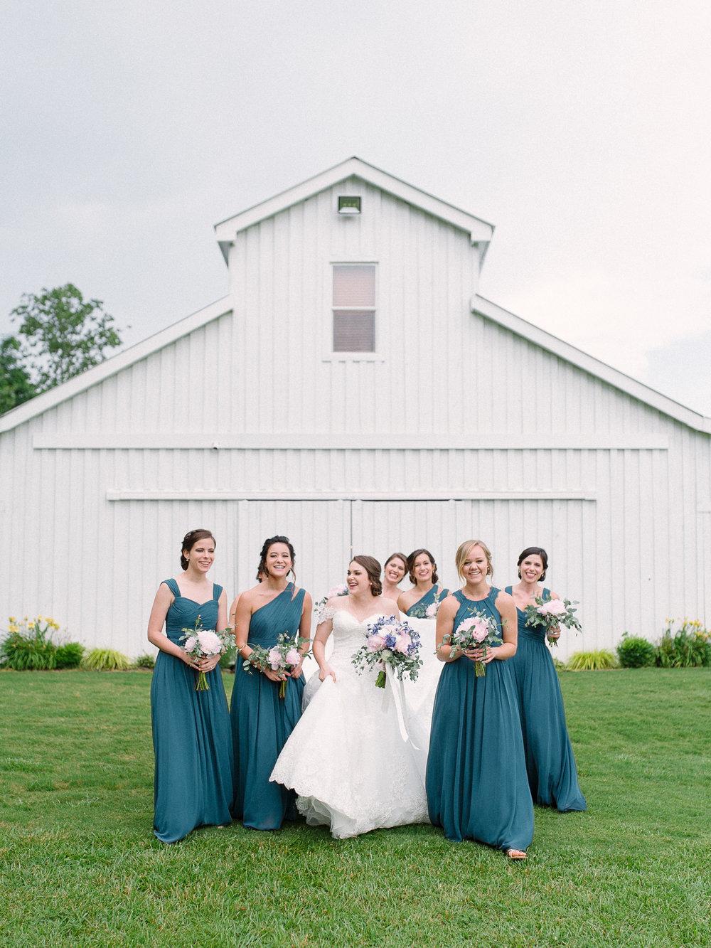 barn-at-tatum-acres-wedding-jasper-atlanta-wedding-photographer-fine-art-film-hannah-forsberg18.JPG
