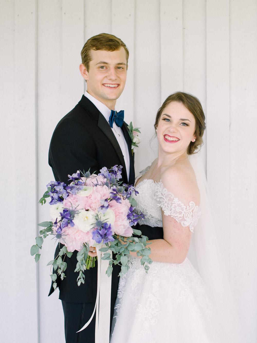 barn-at-tatum-acres-wedding-jasper-atlanta-wedding-photographer-fine-art-film-hannah-forsberg24.JPG