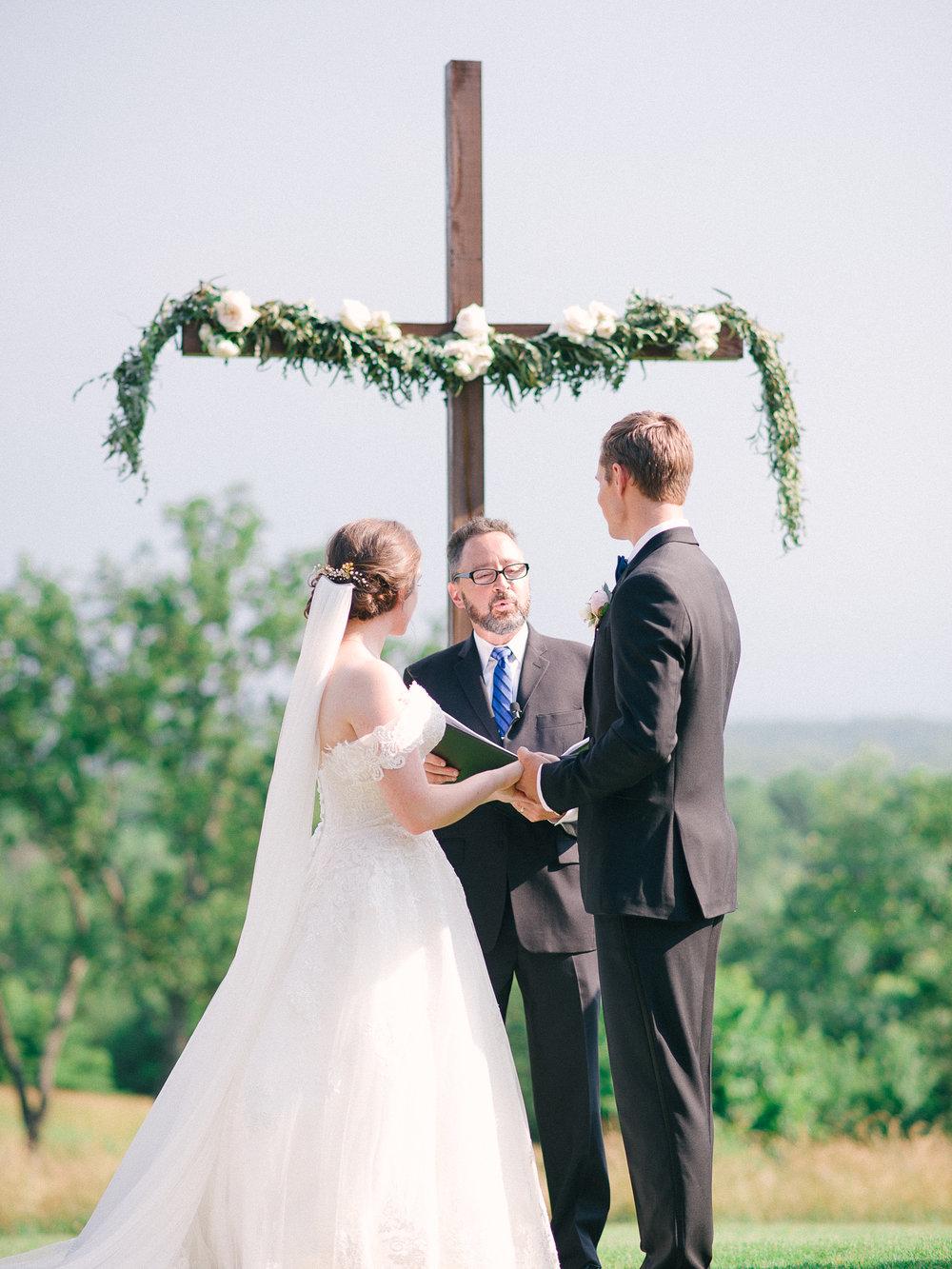 barn-at-tatum-acres-wedding-jasper-atlanta-wedding-photographer-fine-art-film-hannah-forsberg35.JPG