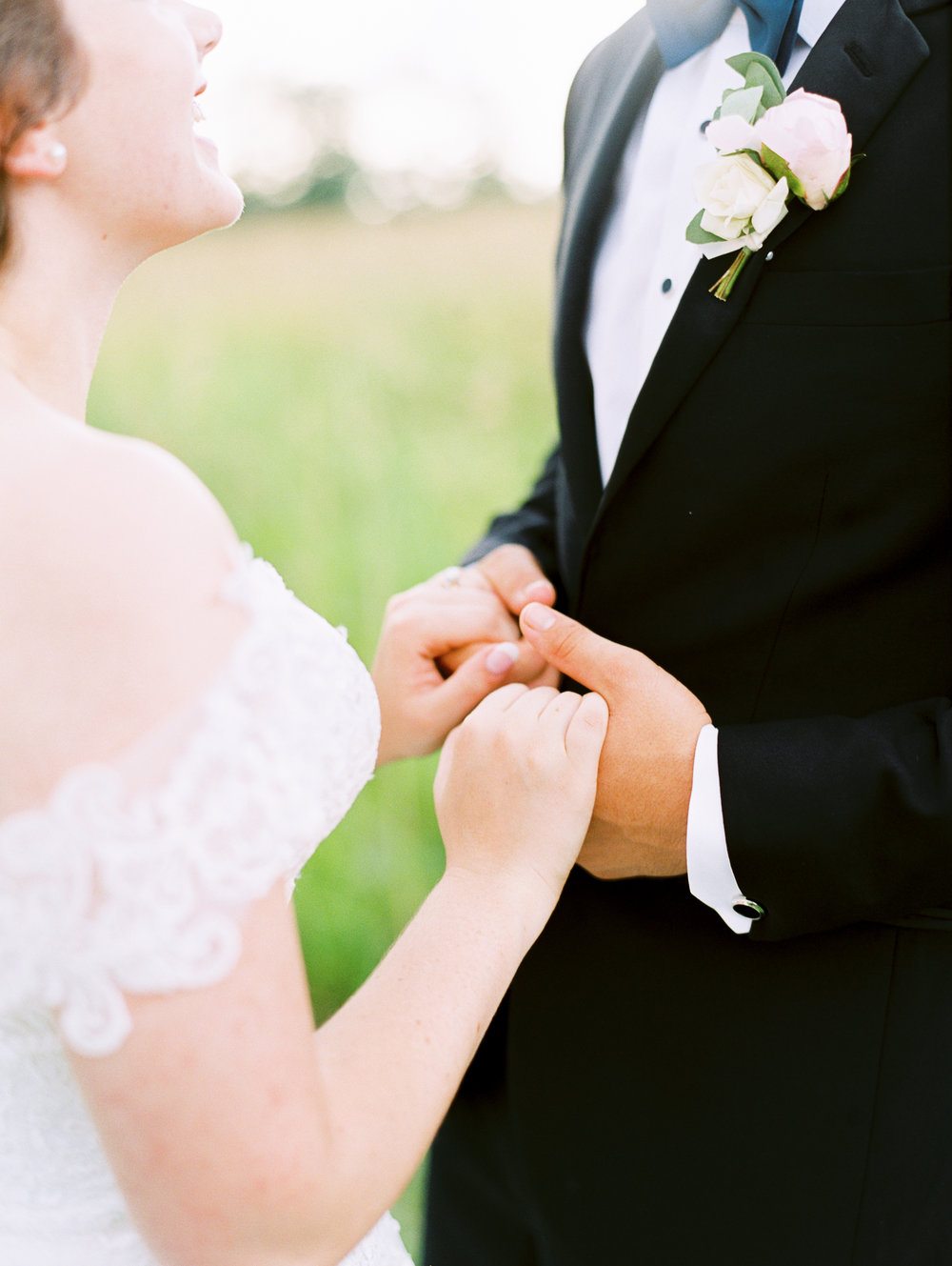 barn-at-tatum-acres-wedding-jasper-atlanta-wedding-photographer-fine-art-film-hannah-forsberg38.JPG