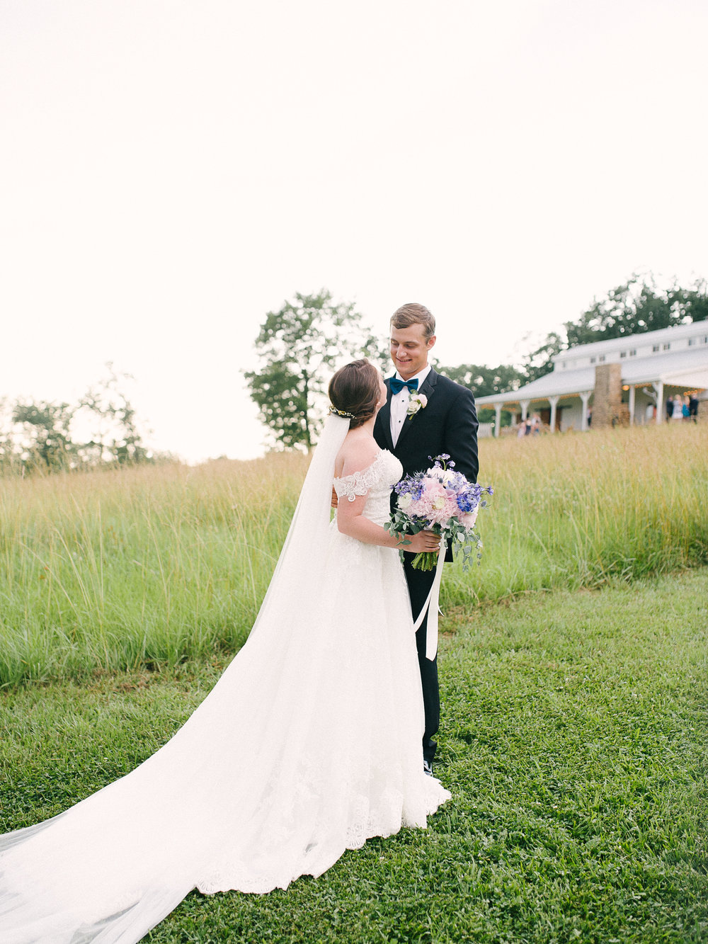 barn-at-tatum-acres-wedding-jasper-atlanta-wedding-photographer-fine-art-film-hannah-forsberg42.JPG