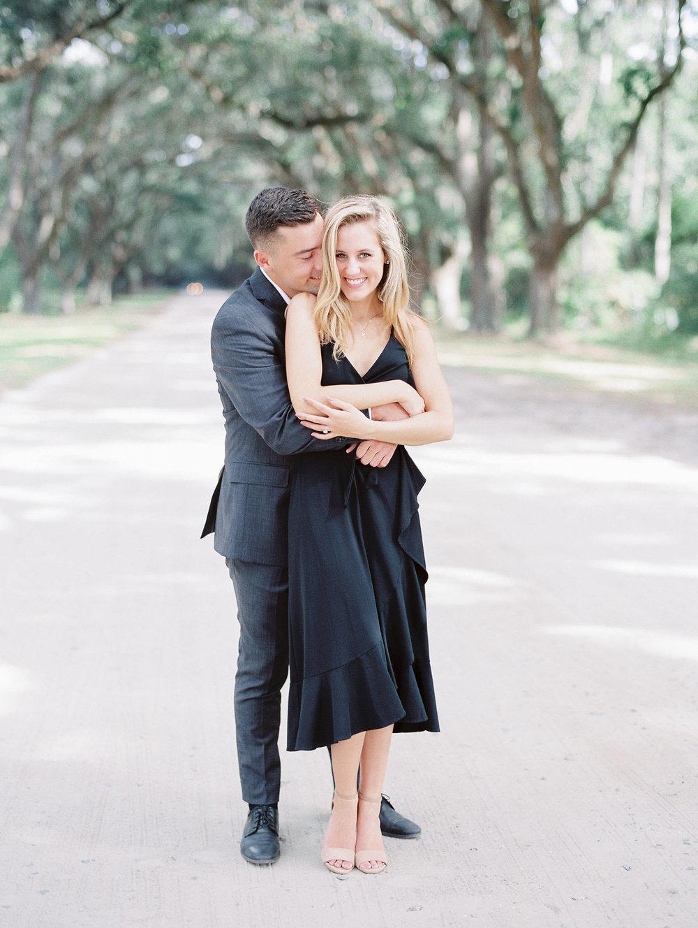 hannah-tommy-wormsloe-historic-site-engagement-photos-hannah-forsberg-atlanta-wedding-photographer-32.jpg