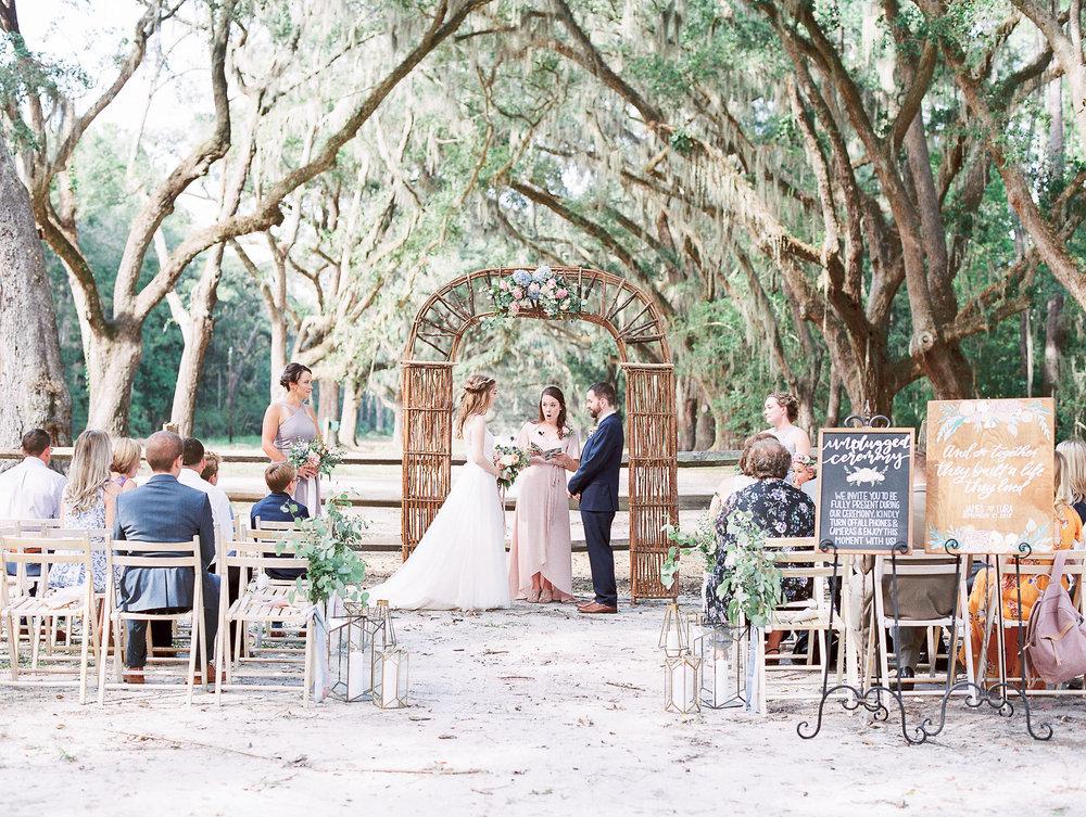 Lura-james-wormsloe-historic-site-hannah-forsberg-atlanta-wedding-photographer-11.jpg