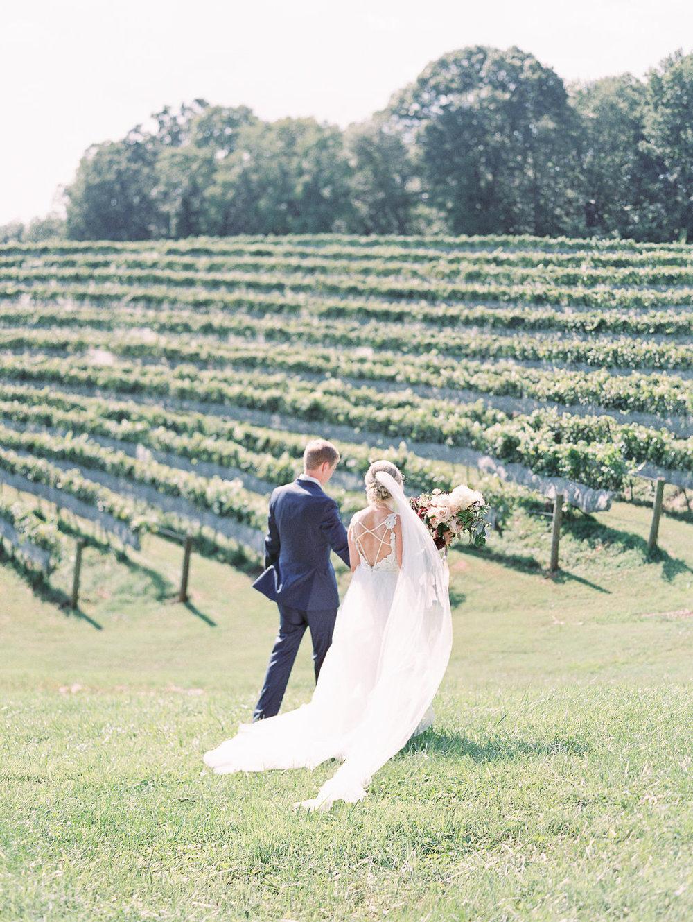 montaluce-winery-dahlonega-atlanta-wedding-photographer-fine-art-film-hannah-forsberg24.JPG