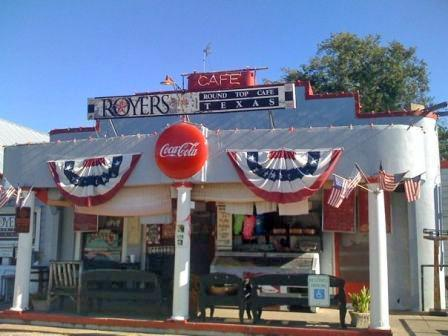 Royer's Cafe on the Round Top Square