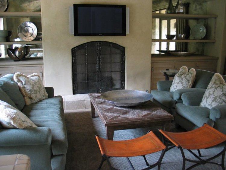 lr fireplace.jpg