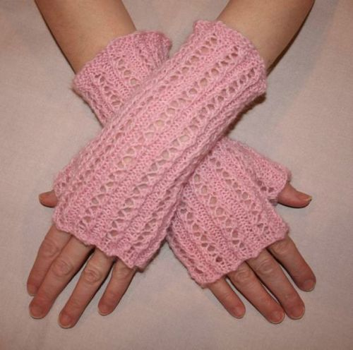 Knitting Pattern For Lace Gloves : Lace Rib Fingerless Gloves - Knitting Pattern   berry meadow