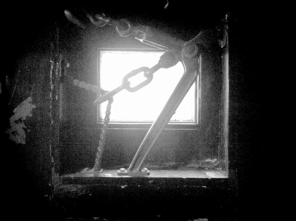 windowmetal.jpg