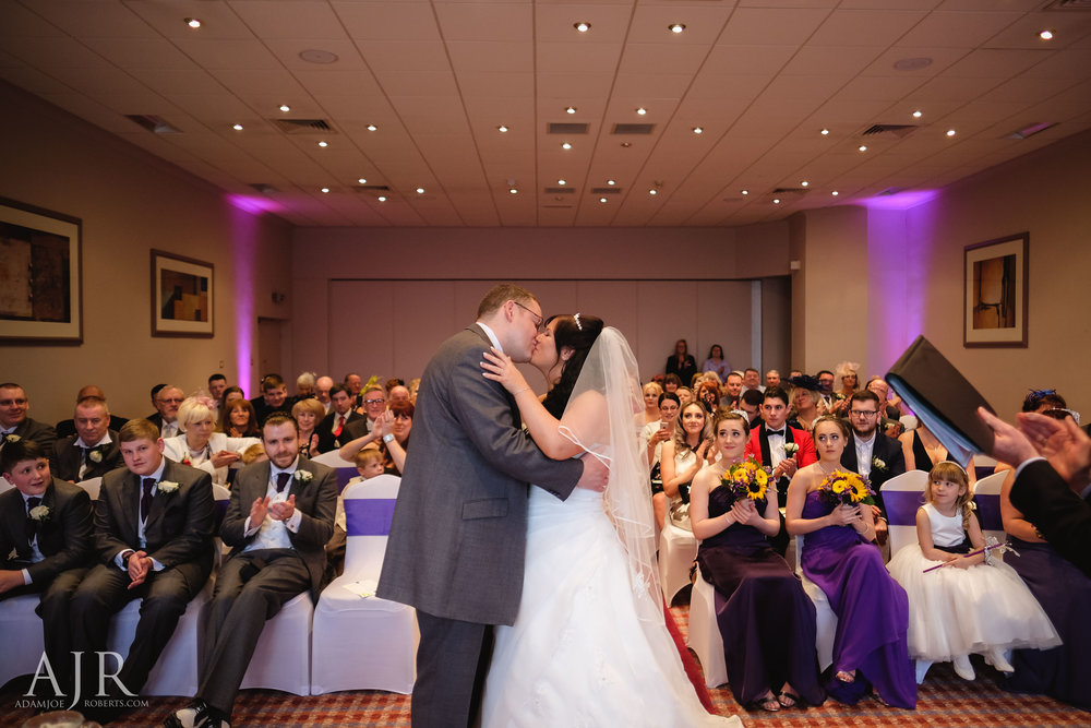 Forest Hills frodsham cheshire documentry wedding photography north west liverpool (4 of 11).jpg
