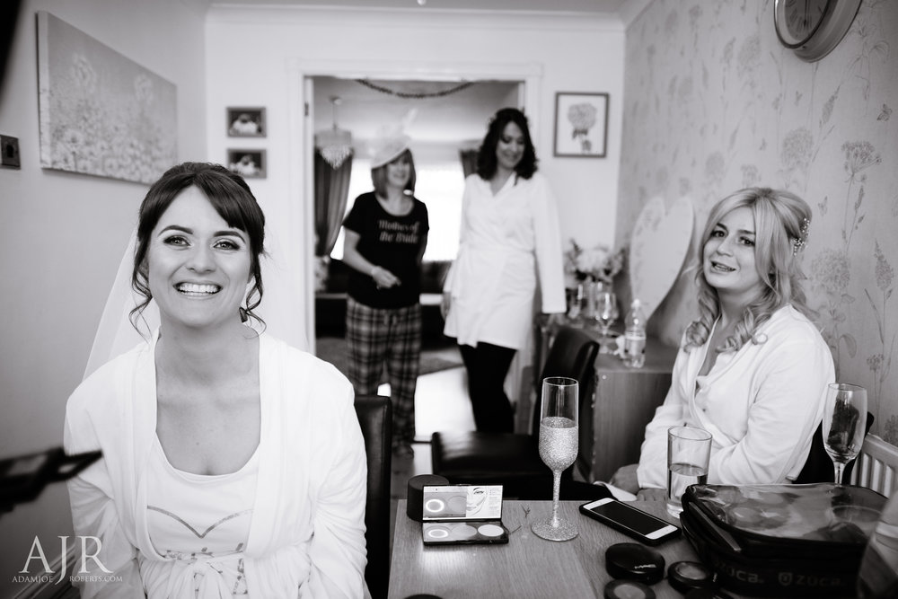 wedding photographer based in widnes cheshire wedding photography liverpool (1 of 9).jpg