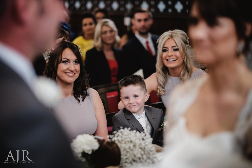 wedding photographer based in widnes cheshire wedding photography liverpool (7 of 9).jpg