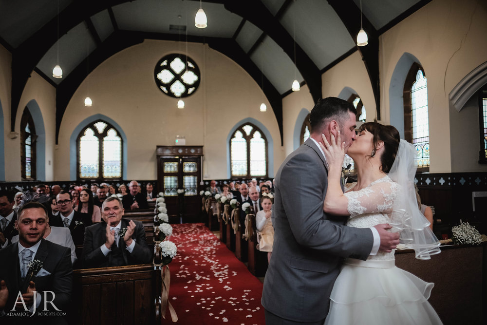 wedding photographer based in widnes cheshire wedding photography liverpool (8 of 9).jpg