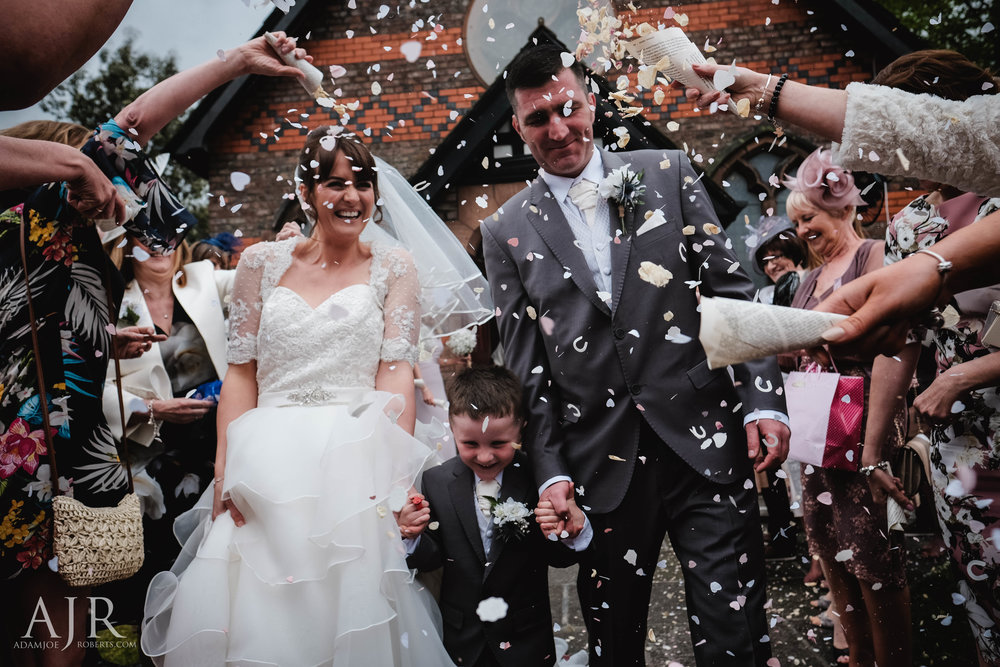 wedding photographer based in widnes cheshire wedding photography liverpool (9 of 9).jpg