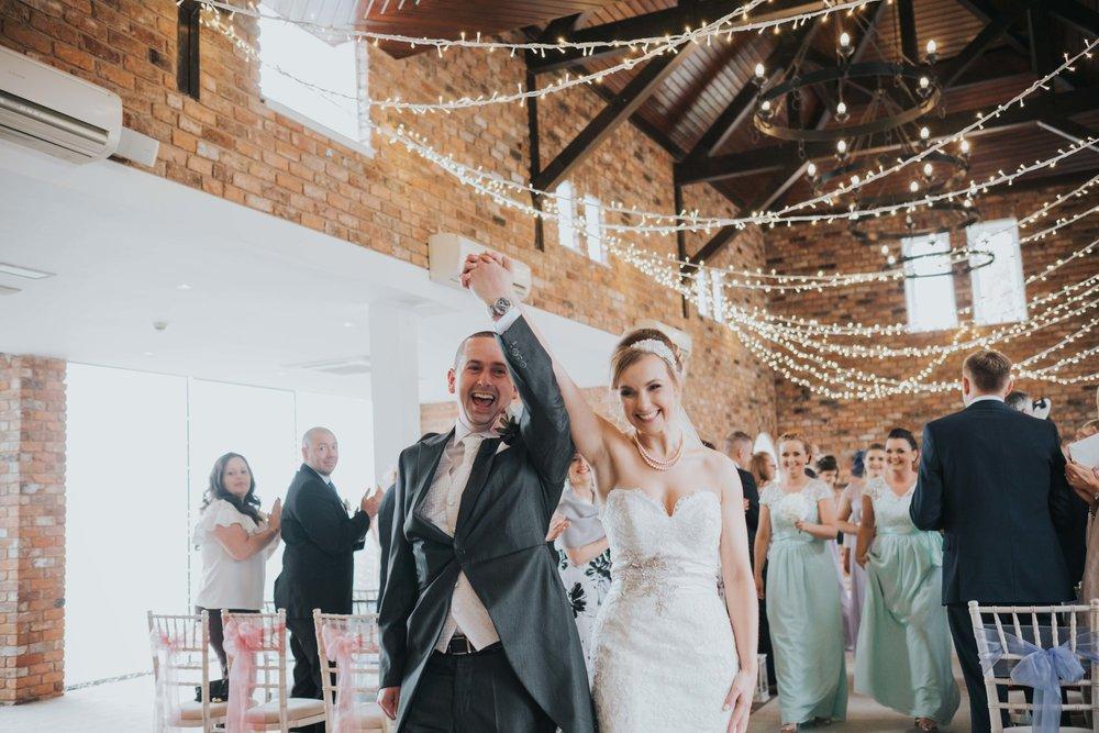 double tree hilton chester wedding photographer
