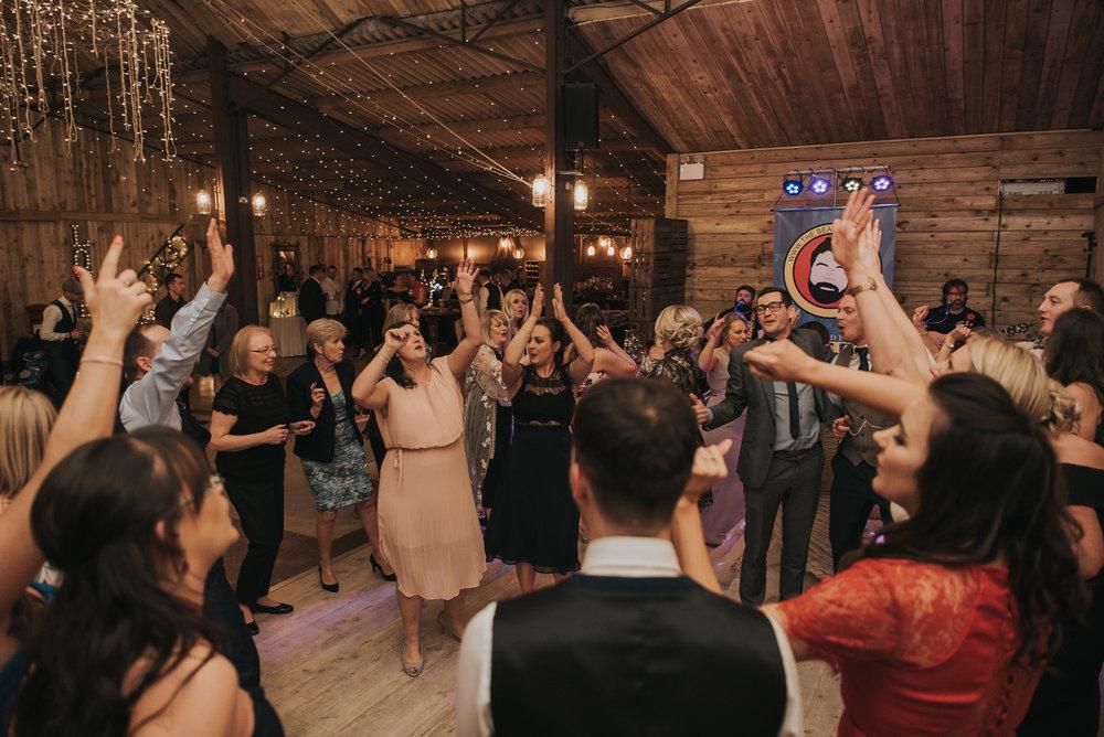 Alcumlow Hall Farm wedding photographer (1 of 1).jpg