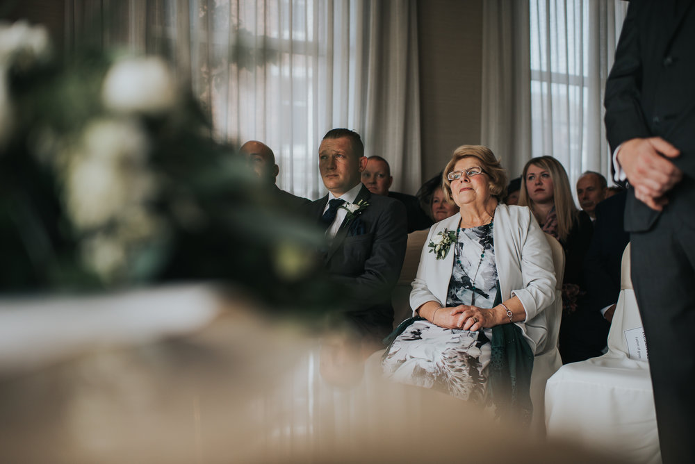 Clifton Arms Hotel Wedding Photography (18 of 40).jpg