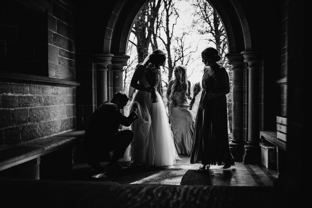farm wedding in cheshire wedding photographer based in liverpool  (5 of 36).jpg