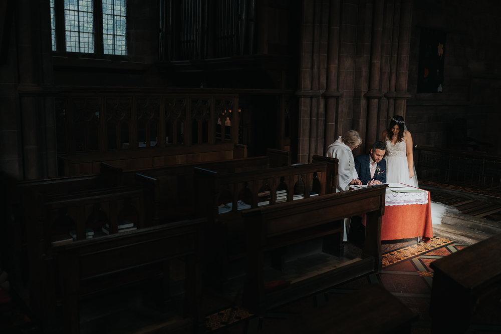 farm wedding in cheshire wedding photographer based in liverpool  (10 of 36).jpg