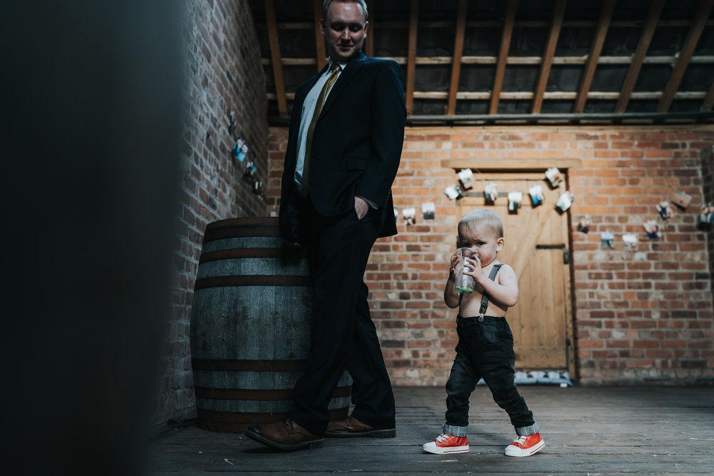 farm wedding in cheshire wedding photographer based in liverpool  (27 of 36).jpg