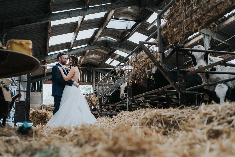 farm wedding in cheshire wedding photographer based in liverpool  (29 of 36).jpg