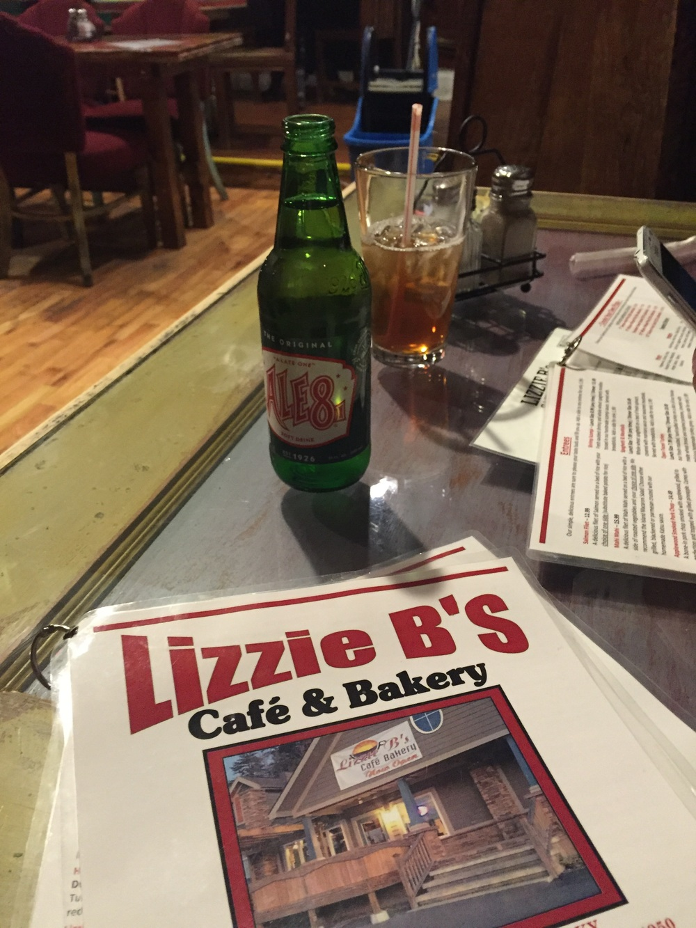 We hit up Lizzie B's on our way home in Prestonsburg Ky