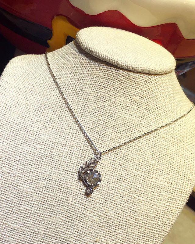 Rose cut diamond pendant in white gold 💎 • • • #handmadejewelry #localbusiness #localjewelry #localjeweler #diamondsareagirlsbestfriend #diamond #rosecutdiamond #finejewelry #whitegold #champagnediamond #giftideas #giftsforher #holidaygiftideas #downtownbrooklyn #cobblehill #boerumhill #jewelryoftheday