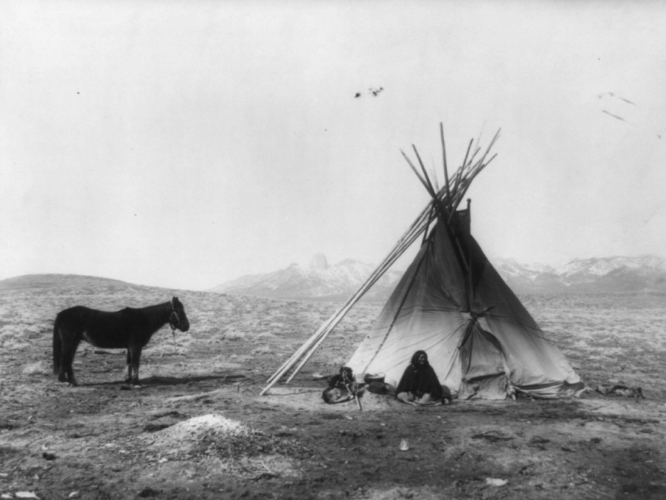 Ute teepee,photo courtesy of the Library of Congress.