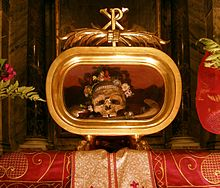 The alleged skull of Saint Valentine, enshrined at the  Basilica of Saint Mary  in Rome. (Image source:  Wikipedia )