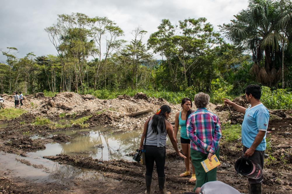 Misión de verificación de desalojo Tundayme,octubre del 2015 cedhu,inred y conaie visitan a cascomien donde se hizo el desaljo minero