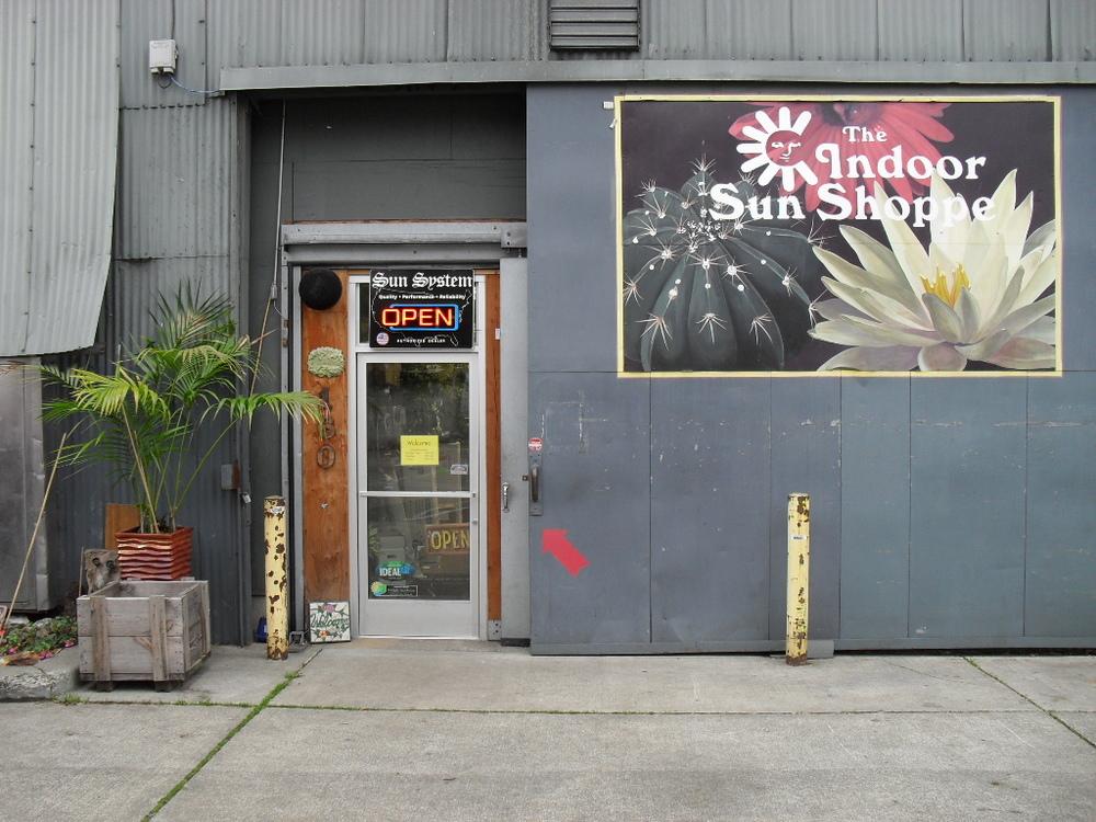 Indoor Sun Shoppe - Fremont Seattle