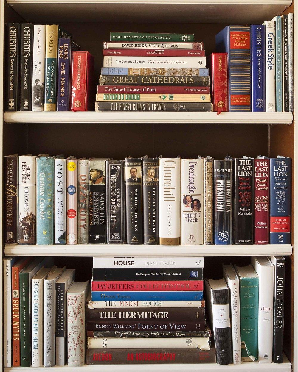 Alexa's Bookcase I-8298.jpg