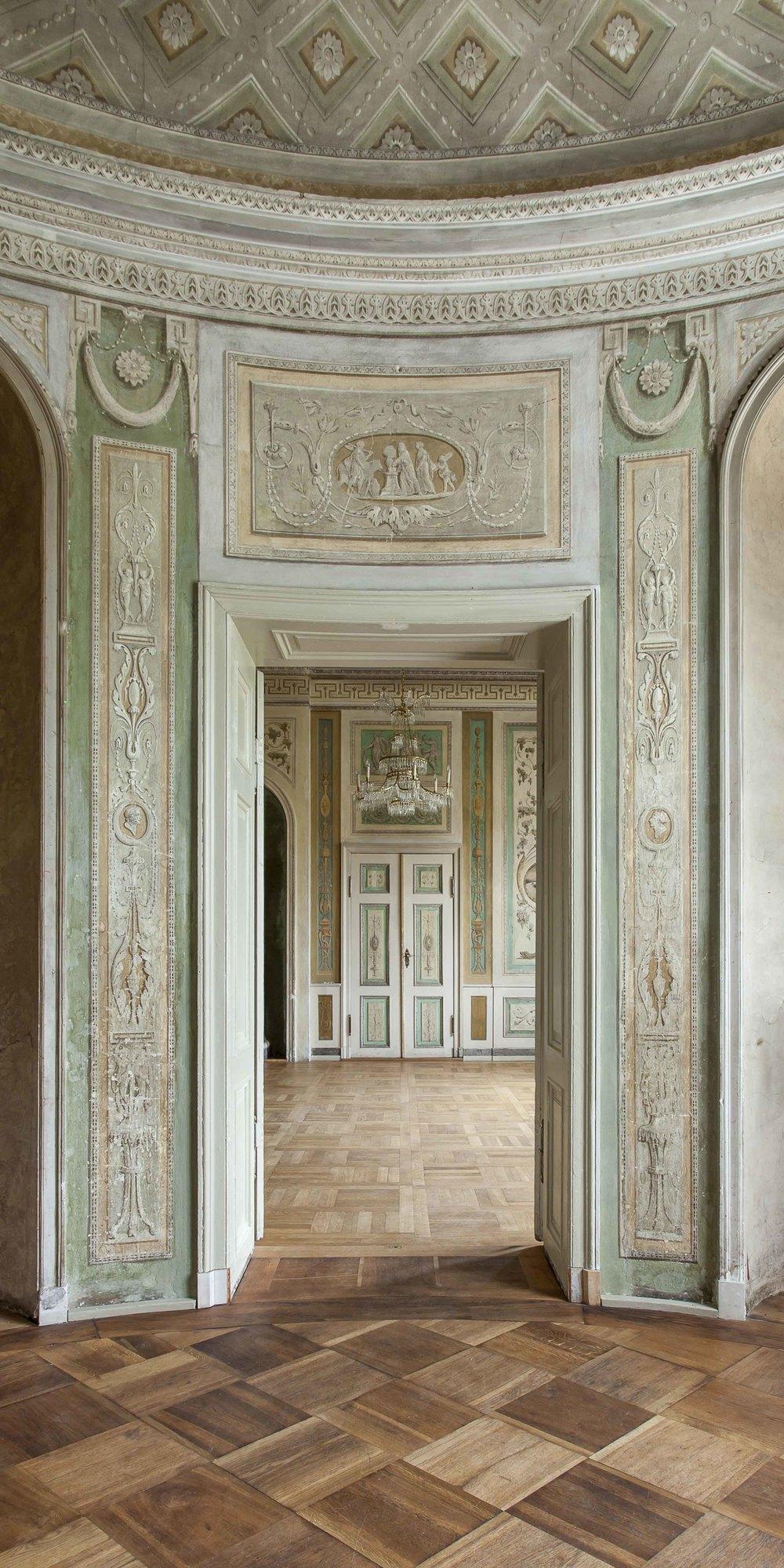 Palais Lichtenau Enfilade II 4457.jpg