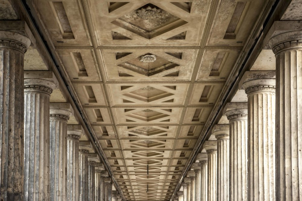 VANISHING COLONNADES...