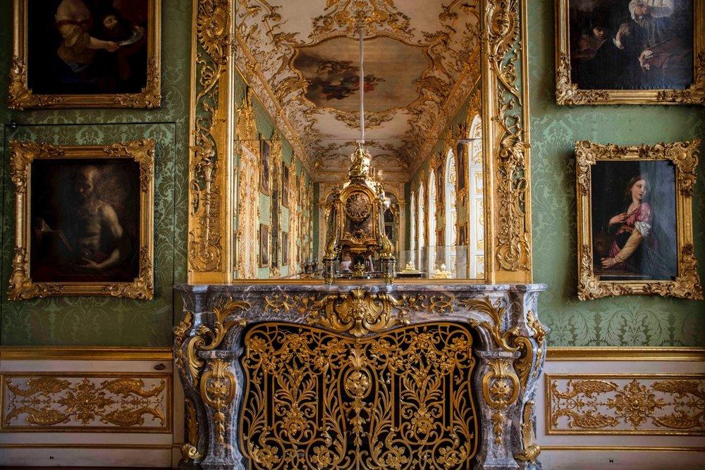 Cuvilliés Chambre Riche en Verts-7027.jpeg