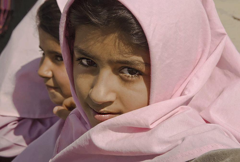 Schoolgirls, Iran
