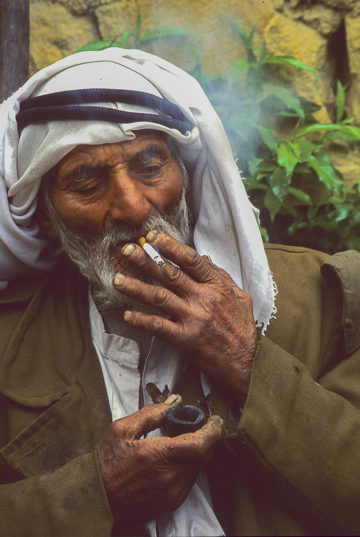 Nicotine fix, Jordan