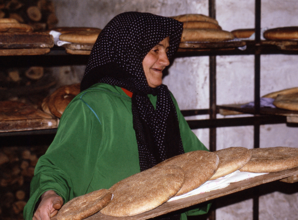 Baking bread, Morocco