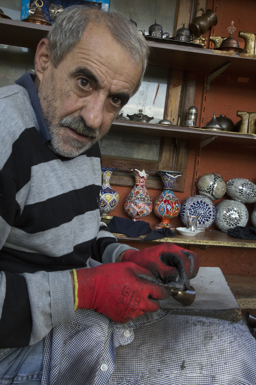 Craft worker, Grand Bazaar, Istanbul