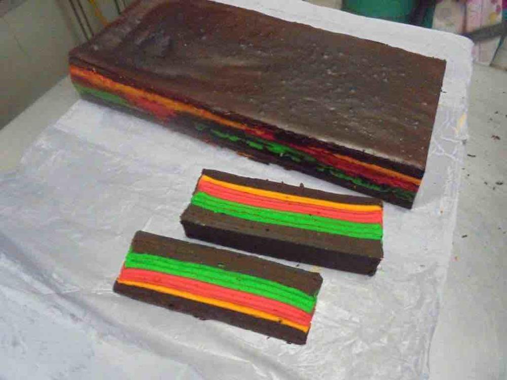 Colourful Kek Lapis