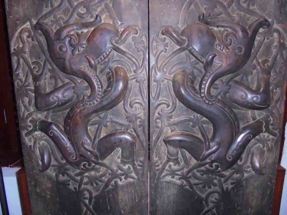 Long house doors