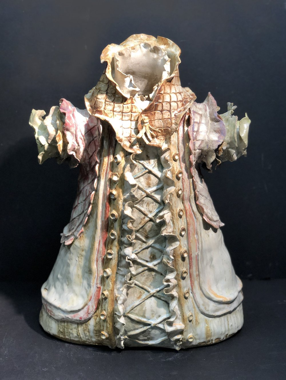 "Susu Kearney, Kimono I, ceramic, 19 x 14 x 8"""