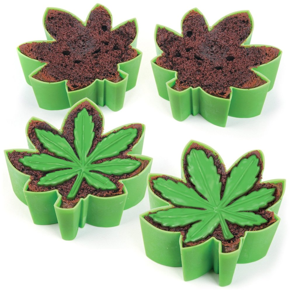 cake mold cannabis leaf
