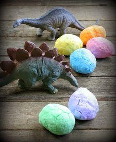 Instructions for making dinosaur bath bomb eggs