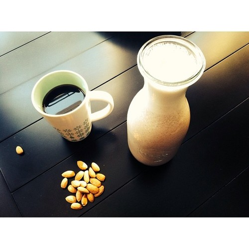 almond milk 1.jpg