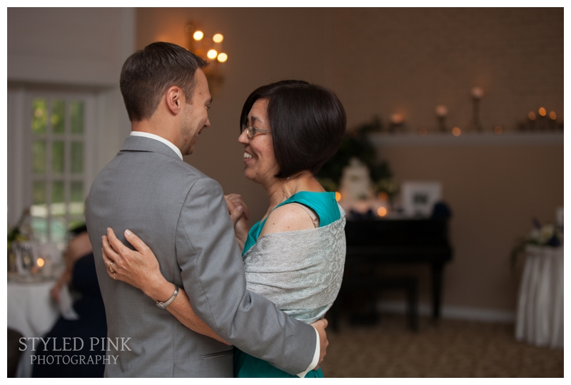 styled-pink-photography-old-york-country-club-wedding-15